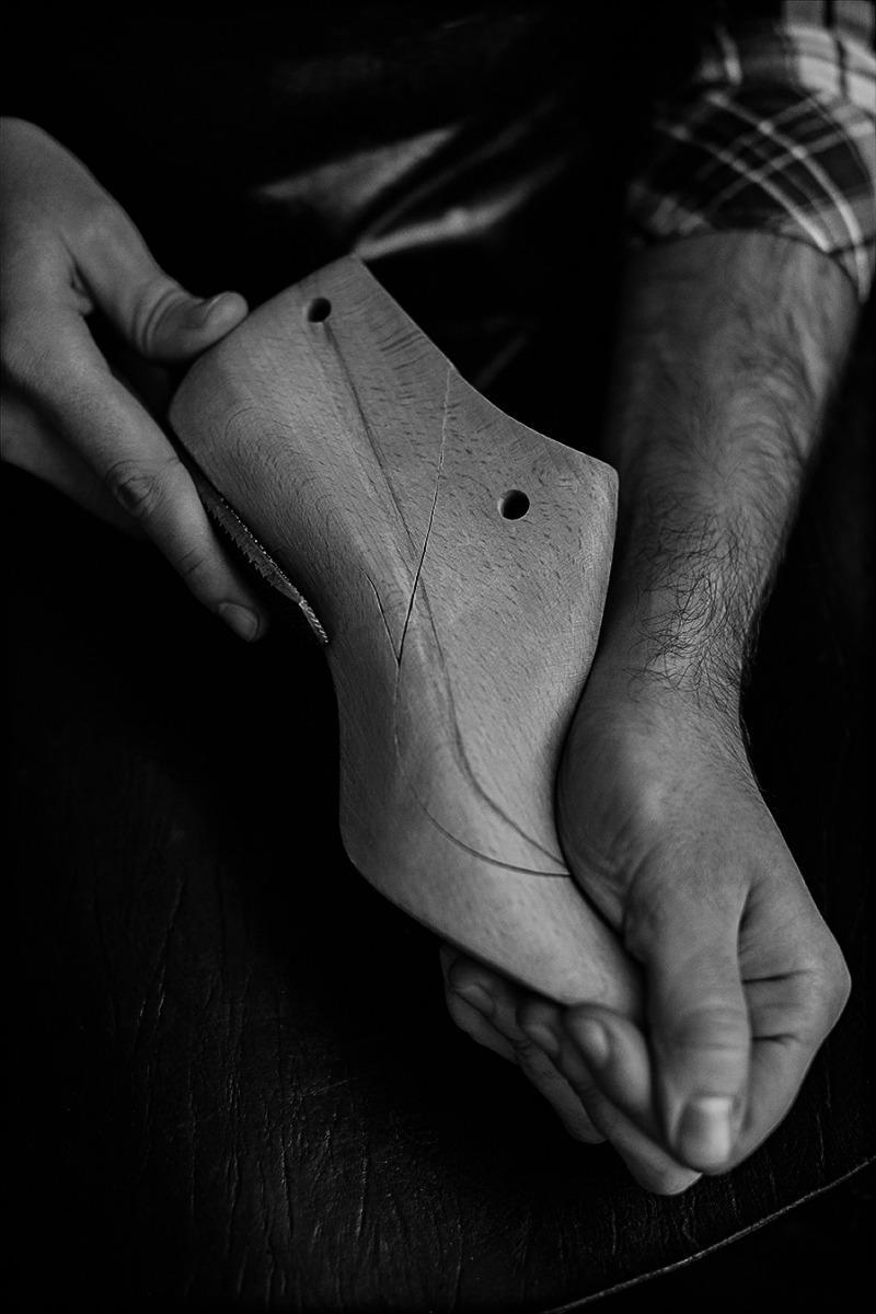 comfort feraggioheels craftsmandship black and white